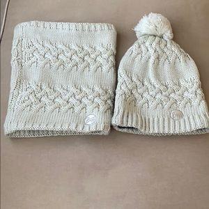 BUFF Pom Pom knit beanie and knit neck warmer set